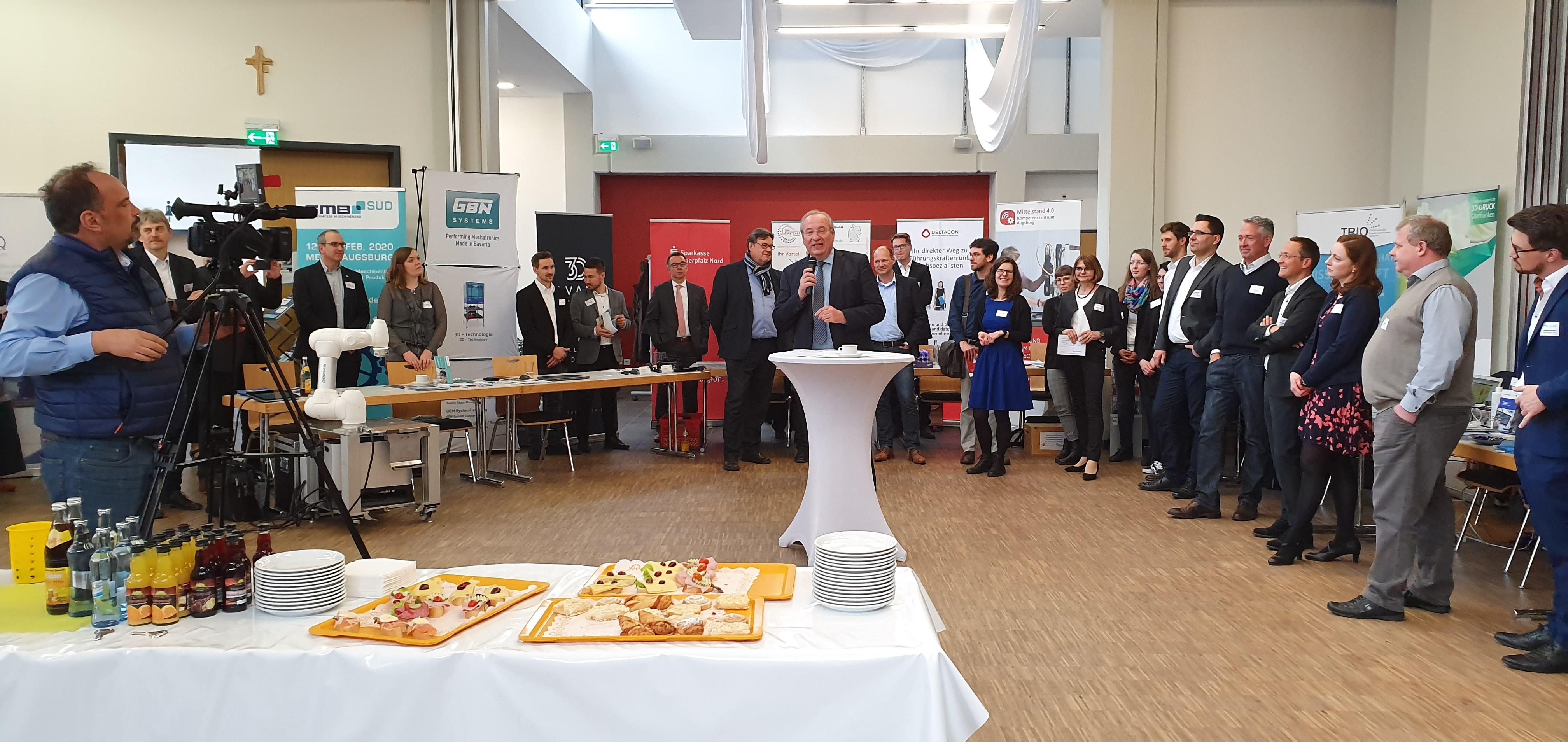 Begrüßung von Bezirkstagspräsidenten Franz Löffler