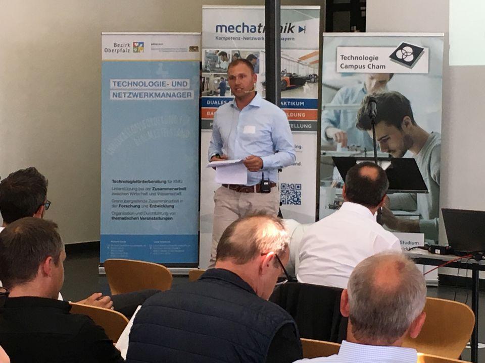 Michael Zankl eröffnet das Technologieforum